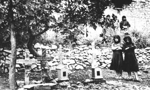 Η γερμανική αντινομία και οι πρόθυμοι Έλληνες! DISTOMO-500x300